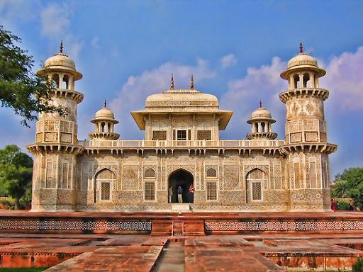 Itimad-ud-Daula, Agra