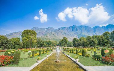srinagar-mughal-gardens